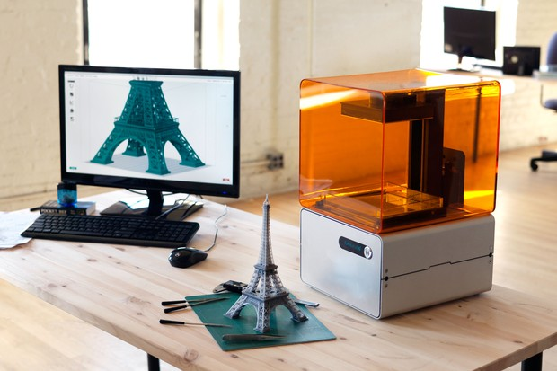 The FOIRM 1 3D printer.
